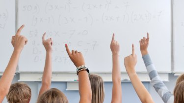 Queensland teacher spoke to girls 'inappropriately' about menstruation