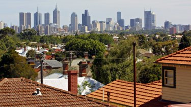 Inner-city Australia is swinging strongly to the political left.