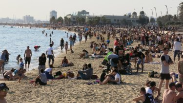 St Kilda beach on the grand final holiday in 2015.