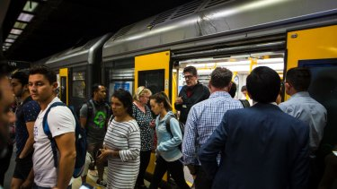 """Internal briefing notes show Sydney Trains management has """"ongoing concern"""" about the impact of the IT upgrade."""