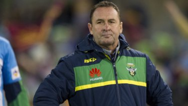 Canberra Raiders coach Ricky Stuart has employed a sports psychiatrist to help the club win close games.