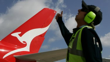 "Defence Industry Minister Steve Ciobo said it ""would be terrific"" if Qantas matched Virgin's pledge."