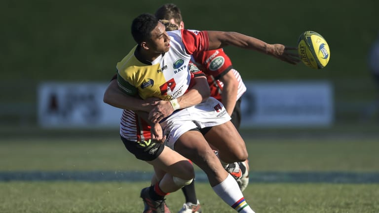 Irae Simone playing against the Canberra Vikings. This week he'll swap jerseys and face his former side the Sydney Rays.