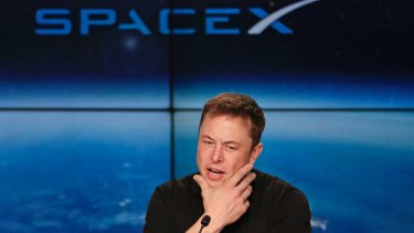 Elon Musk's SpaceX  Big Falcon Rocket will take passengers on a trip around the moon as soon as 2023.