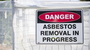 Asbestos had been removed from the Griffith property but a later report found fibres were still present.