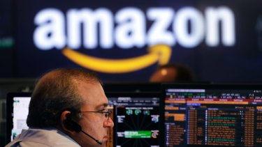 Experts suggest Amazon investors will not be concerned with Bezos' private life.