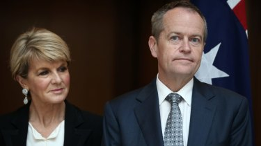 Former foreign affairs minister Julie Bishop with Opposition Leader Bill Shorten ... he gave her a fitting farewell.