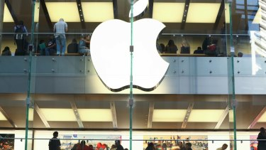 Apple's flagship Sydney store. Photographer: Brendon Thorne/Bloomberg