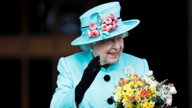A new book claims Queen Elizabeth is bemused by Australia's attitude towards becoming a republic.