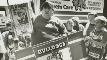 Footscray supporters protesting over the proposed merger with Fitzroy in 1989.