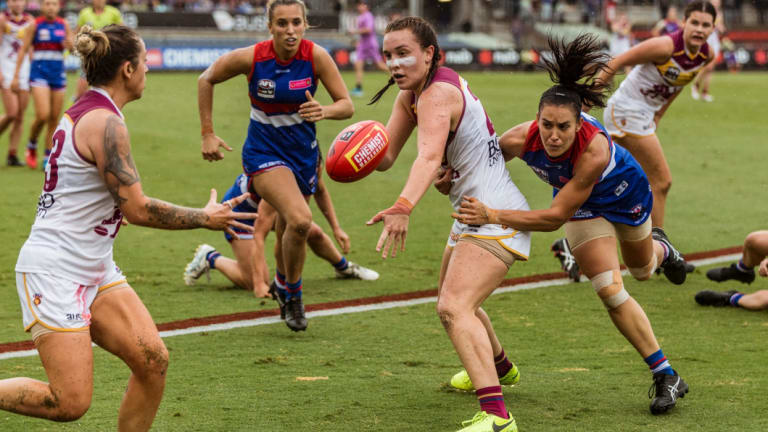 Action from the AFLW grand final.