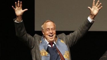 Italian director Franco Zeffirelli, famed for operas, films and television, has died in Rome at the age of 96.