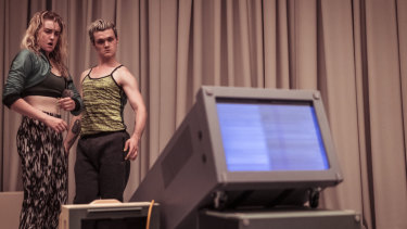 Humans meet machines in this durational dance work.