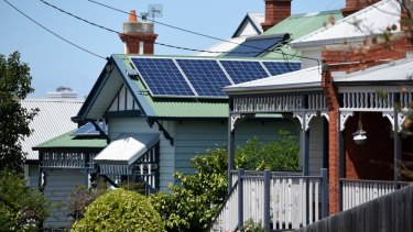 The Andrews government will introduce new planning rules to protect household solar panels from being overshadowed by neighbouring developments.