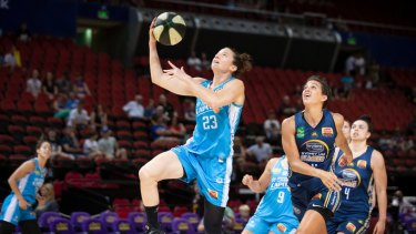Canberra Capitals skipper Kelsey Griffin finished with 16 points against Sydney on Sunday.