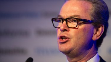 Labor has said no to Christopher Pyne's idea of electronic voting for MPs.