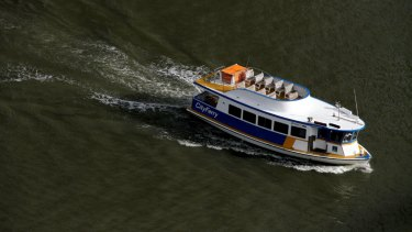 A 505-signature petition was submitted to Brisbane City Council calling for the Bulimba to Teneriffe cross river ferry to be made free.