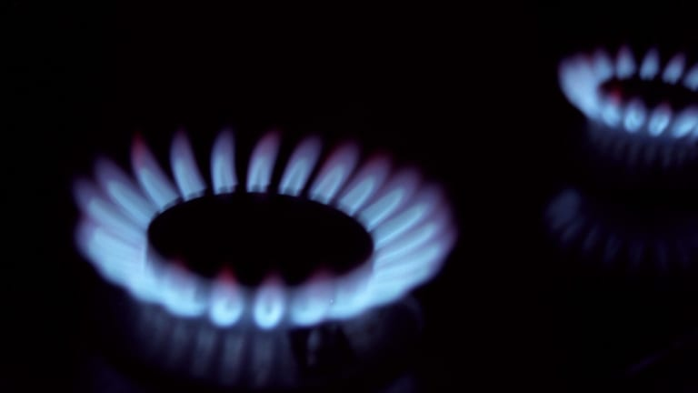 Gas prices will fall by around 1 per cent for Victorian households and businesses.