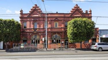 Coburg's historic Woodlands Hotel is set to change hands for $3.5-4 million.