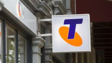 Telstra refunds $9 3 million to customers for overcharging