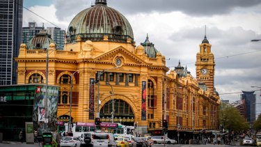 Flinders Street heading west will be reduced by one lane.