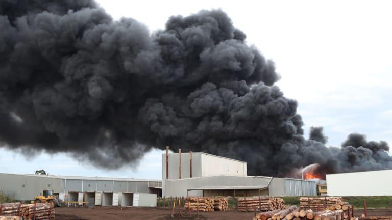 Smoke billows from the blaze in West Footscray last August.