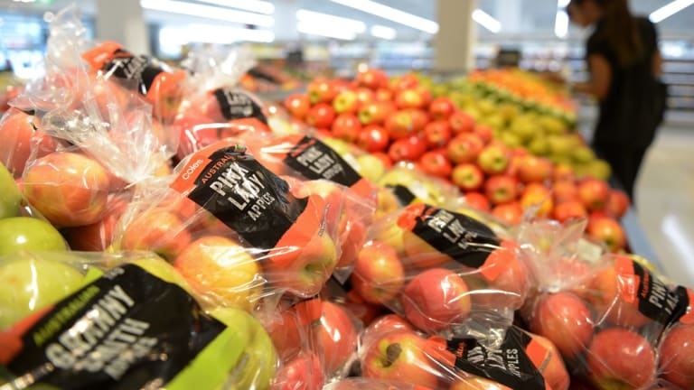 Coles' sales have bounced back but earnings are falling.