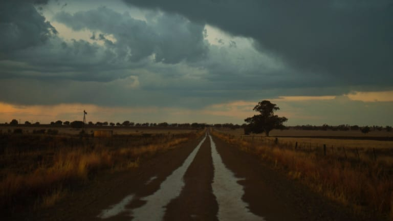 Storms and showers near Narrabri, in north western NSW, as rain finally starts falling.