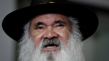 Senator Pat Dodson wants a halt to approvals under WA's existing Aboriginal heritage act.