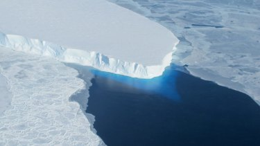 This major ice sheet in west Antarctica is melting. Its collapse is predicted to raise global sea level by up to a metre.