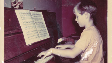 Geoffrey Tozer's brilliance on the keys was revealed at a very early age.