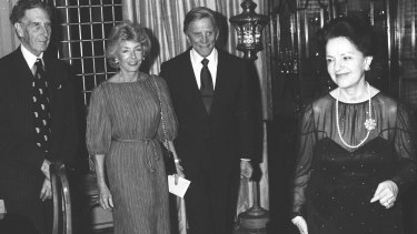 Kirk Douglas and his wife are hosted by Lady Mary Fairfax at Fairwater in September 1980.