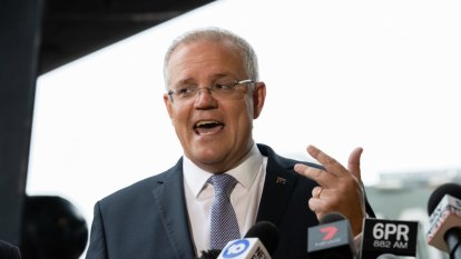 Prime minister splashes $70m for traffic relief in key marginal seat