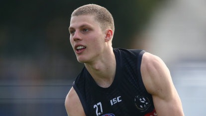 Kelly's Magpie debut leaves Cox in the gun