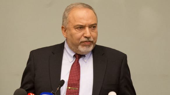 Israel's hawkish defence minister quits, potentially threatening Netanyahu's government