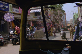 A scene in the film The Grand Bizarre, set in India and directed by Jodie Mack.
