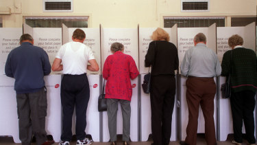 A federal inquiry is examining the future of elections amid emergencies such as the COVID-19 pandemic.