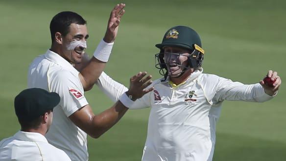 Pakistan rebuild with vigour after Lyon's early breakthroughs