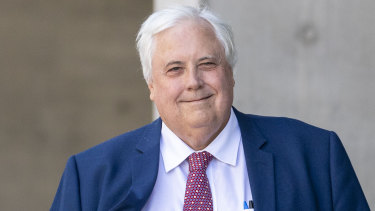 Businessman Clive Palmer has won a bid to have a judge recuse himself from the trial.
