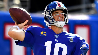 Manning benched for rookie as veteran quarterbacks hit the skids