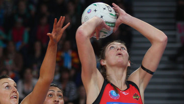The arrival of  Irene van Dyk from New Zealand signalled the start of a new age in Trans-Tasman netball.