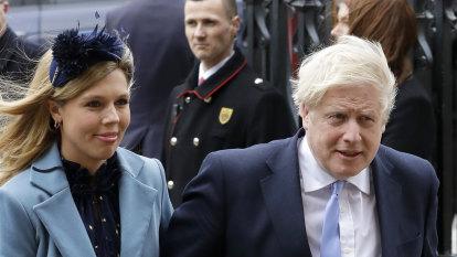 Boris Johnson stirs up Italy's rage as girlfriend visits Lake Como