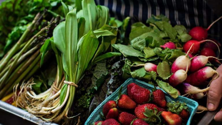 """""""By eating a colourful range of fresh produce regularly, these phytonutrients work with the cluster of vitamins, minerals and fibre."""""""