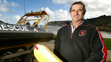 Surviving lifesaver Phil Younis is now recovering in hospital.