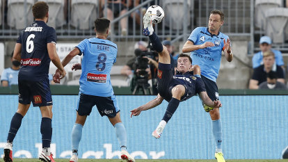 Sloppy Sky Blues humbled by Mariners in shock 2-0 defeat