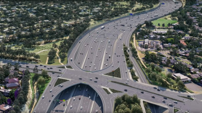 Critics attack massive widening of Eastern Freeway to up to 20 lanes