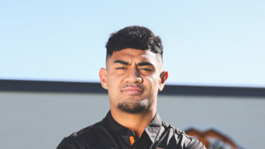 Asu 'AJ' Kepaoa's move to the Tigers opened the door for Sonny Bill Williams to return to the Roosters.