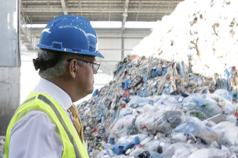 Scott Morrison tours the Sunset Park Materials Recovery Facility in New York in September to discuss recycling.