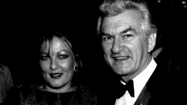 Rosslyn Dillon and Bob Hawke in 1985.