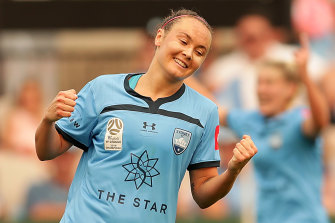 Caitlin Foord has sealed a transfer from Sydney FC to Arsenal.